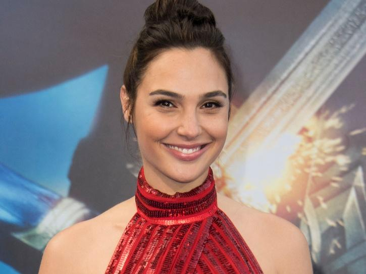Gal Gadot Shares Her Picture Of Cradling Baby Bump Says Working On Two Major Projects
