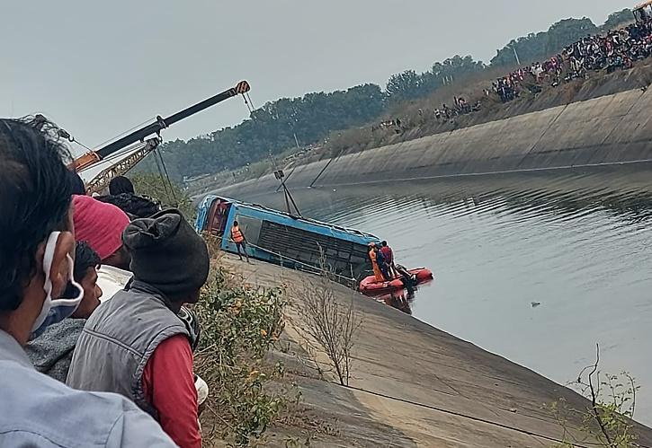 Shivrani Lunia MP Bus Accident