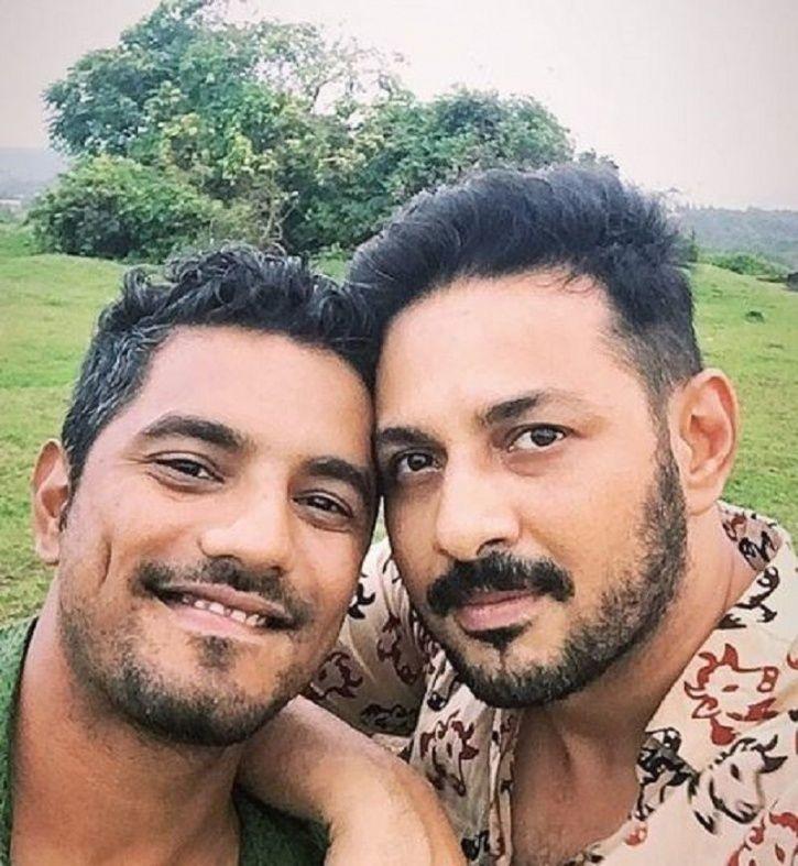 Apurv Asrani with his husband / Apurv Asrani Twitter