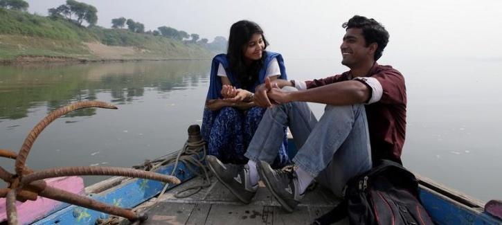 Vicky Kaushal and Shweta Tripathi in Masaan / Netflix India