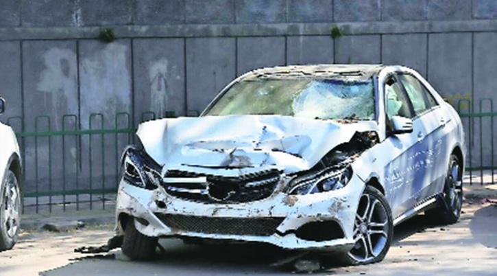 Vasant Vihar Mercedes