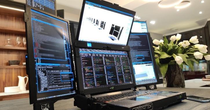 Expanscape Aurora 7 screen laptop