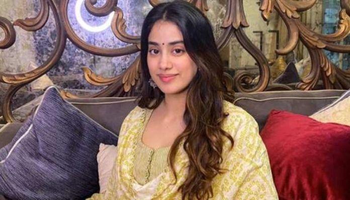 Janhvi Kapoor / Twitter