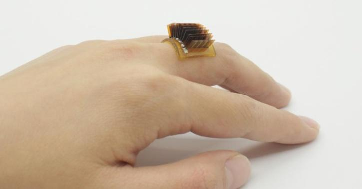 Never Ending Battery- Scientists Create New Wearable Device That Charges From Your Body Heat