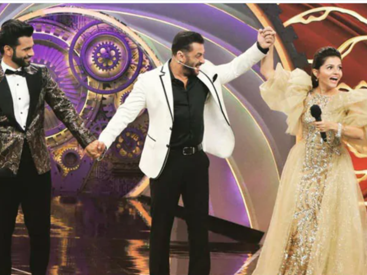 Bigg Boss 14 winner Rubina Dilaik with Salman Khan and runner up Rahul Vaidya.