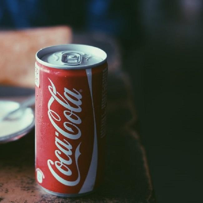 cola can
