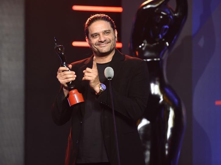 jaideep ahlawat wins filmfare award
