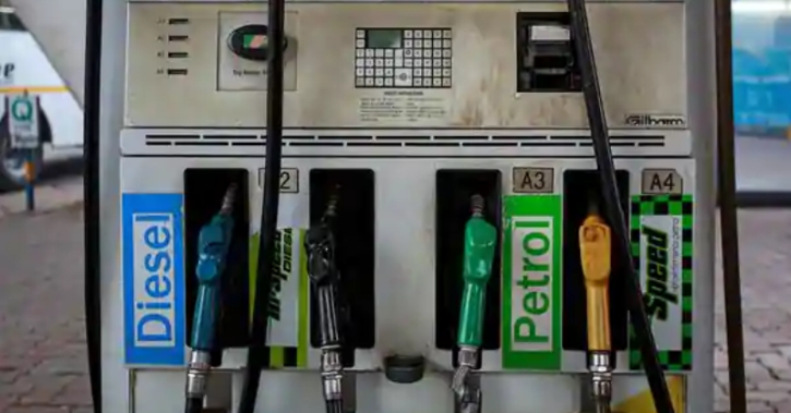 remium petrol price crossed Rs100 per litre mark in Bhopal