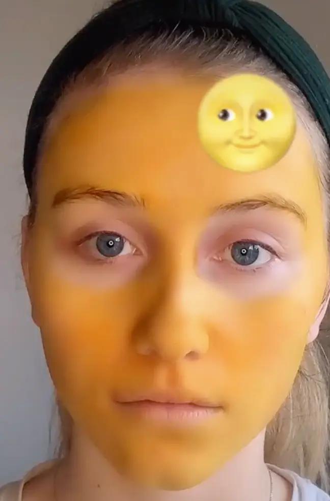 Lauren Rennie face turns orange