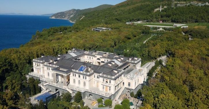 'Putins's Palace'