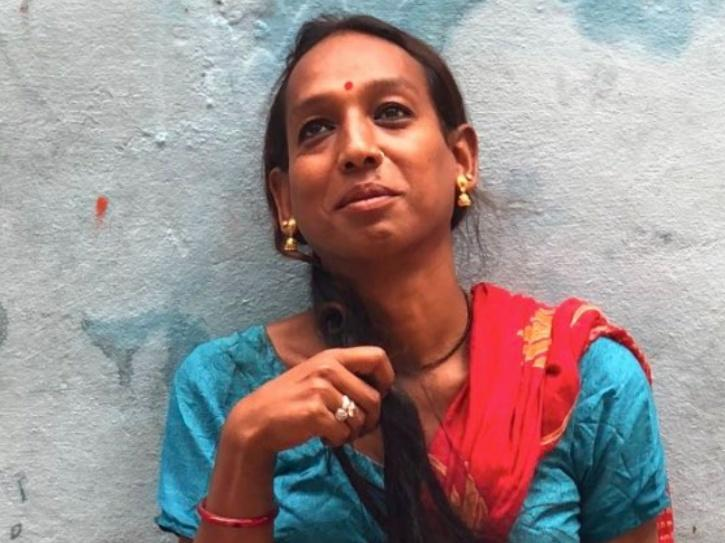 Transgender Rudrani Chettri pays a trans woman in Vikas Khanna