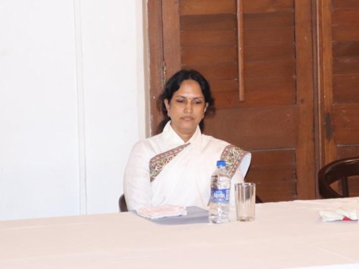Pushpa Virendra Ganediwala