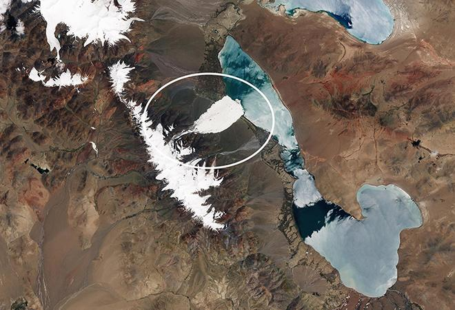 Ice avalanche in Tibet (June 24 2016 - 17 July 2016)