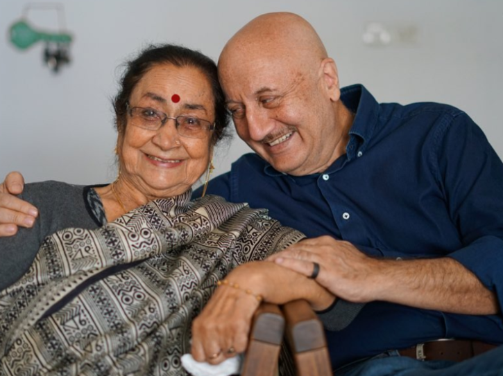 Anupam Kher Shares He Came To Mumbai With Just Rs 37 And Had Sleep On The Platform At Times