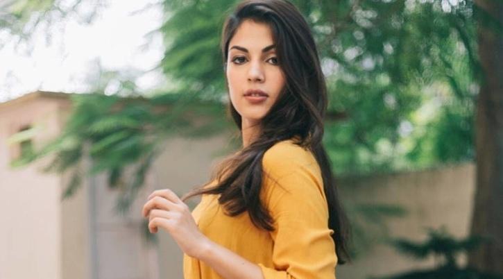 Rhea Chakraborty / Instagram