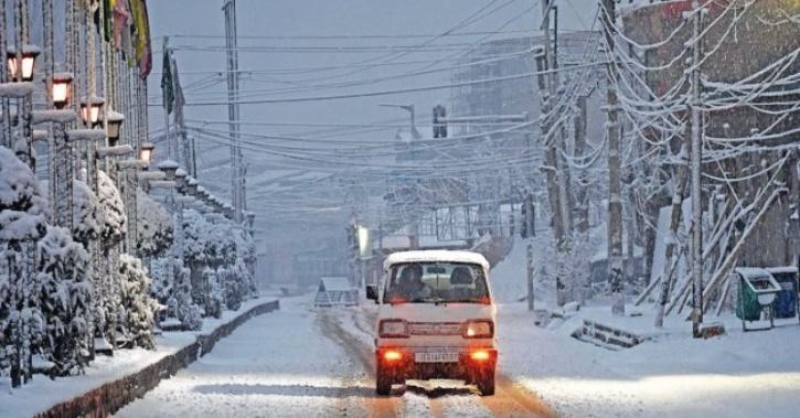 snowfall-arrives