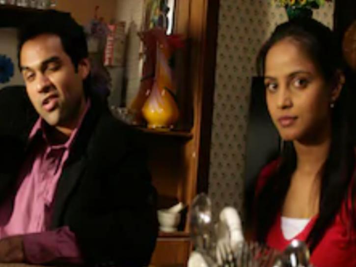Neetu Chandra in Oye Lucky Lucky Oye.