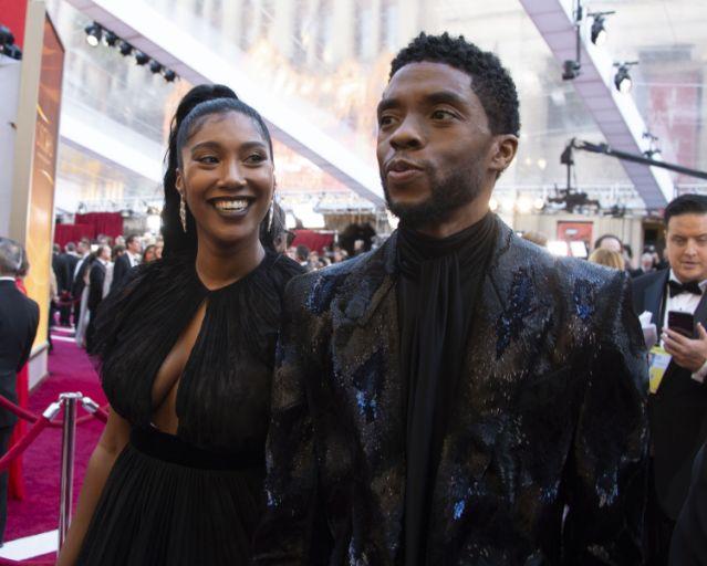 Chadwick Boseman and his wife Simone / E News