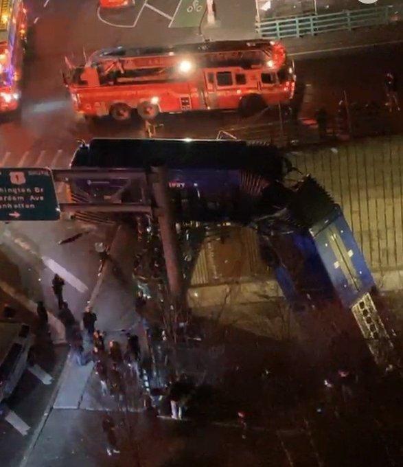bus-crash-60018ae191b4e