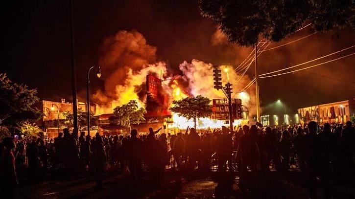 arson capitol-5ff6ac9e5c809