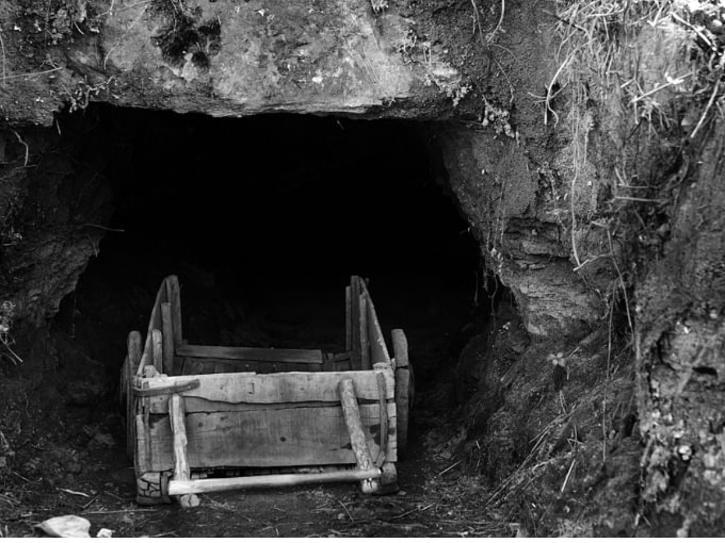 coal mines meghalaya 600ab45738d06