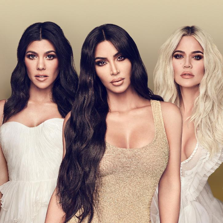 Kim Kardashian, Kourtney Kardashian and Khloe Kardashian / Twitter