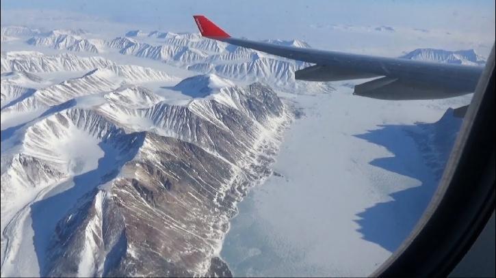 North Pole flight
