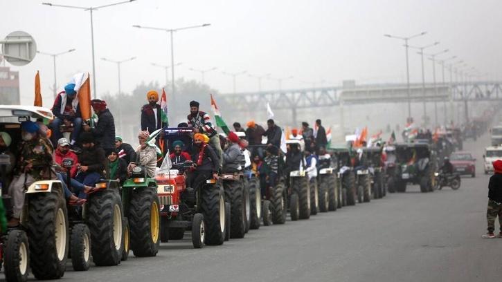 parade-farmers-600fab56918f4