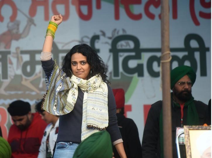 Swara Bhasker at Tikri Border concert for farmers.