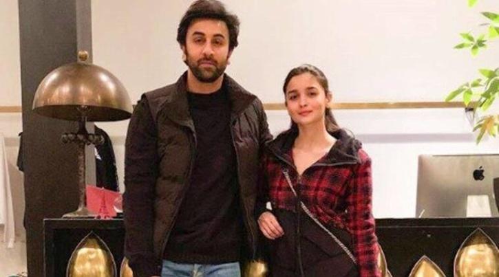 Ranbir Kapoor and Alia Bhatt / Neetu Kapoor Instagram