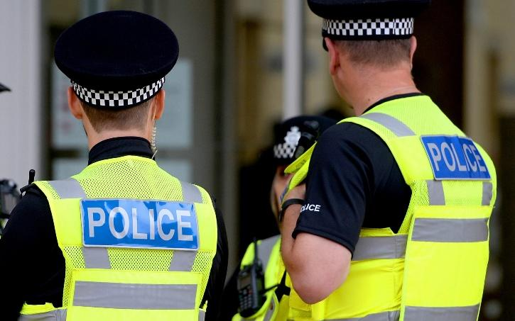 uk-police-5ff9502b63790