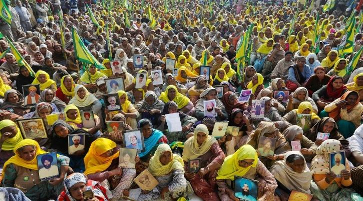 women-farmers-6006ac1c36af3