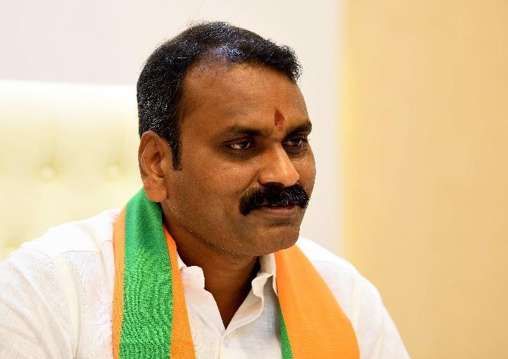 L Murugan minister