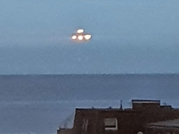 UK student captures 'large UFO'
