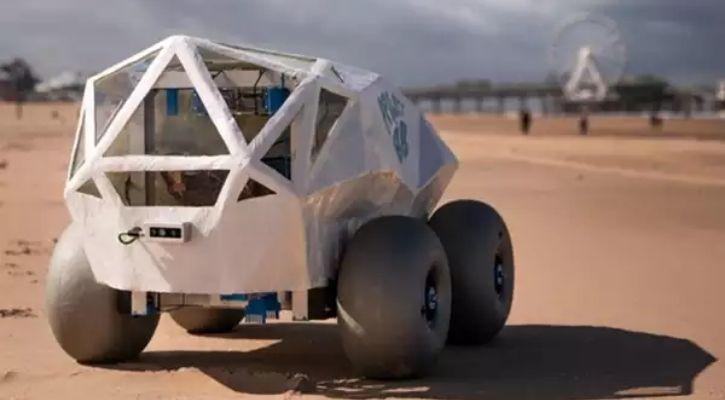 beach cleaning robot