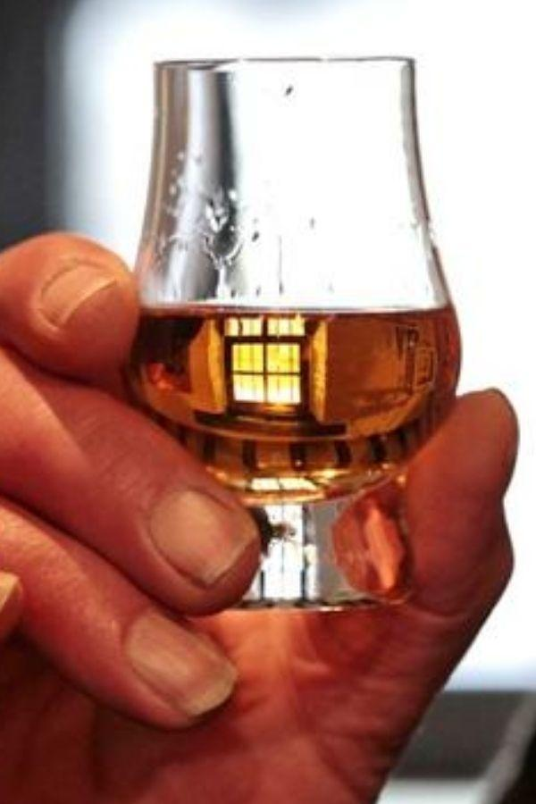 Whisky Maker Turns Whisky Waste Into Bio-Fuel For Trucks, Cuts 95% Emissions