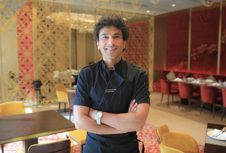Dubai restaurants, chef vikas khanna in dubai