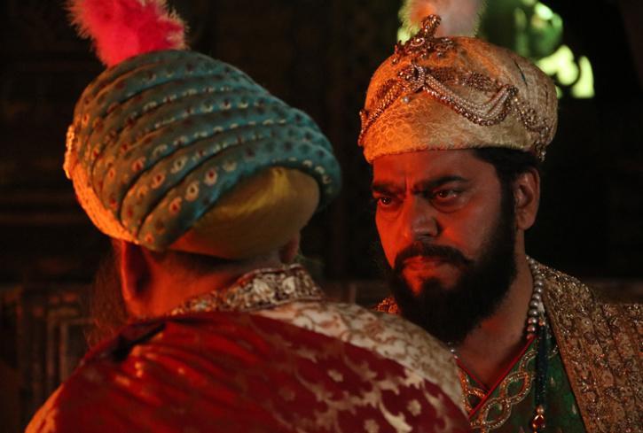 Ashutosh Rana as Aurangzeb, Aurangzeb in Chhatrasal