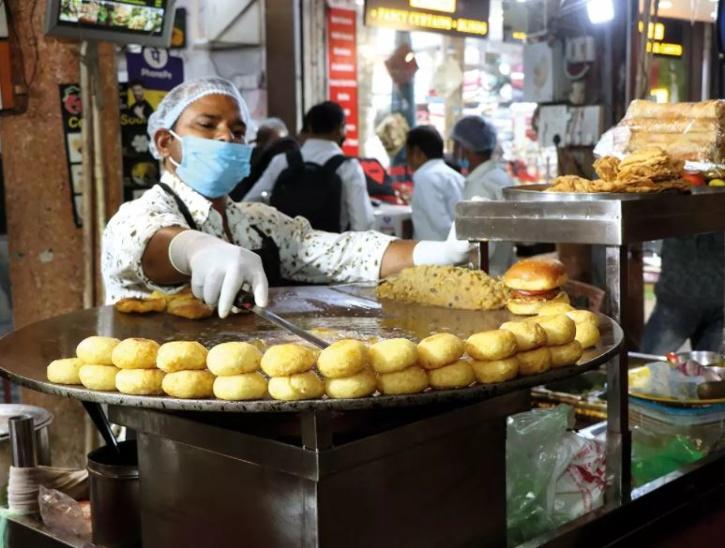 chaat kanpur