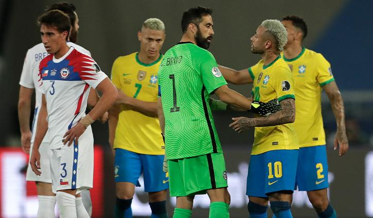 Brazil team celebrates win against Chile