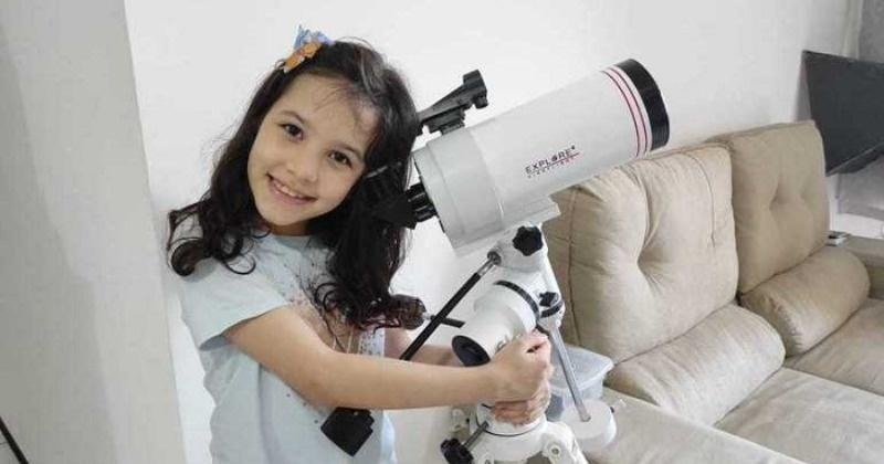 7-Year-Old Girl From Brazil Discovers Around Seven Asteroids For NASA, Gets Recognition For The Same - India Times