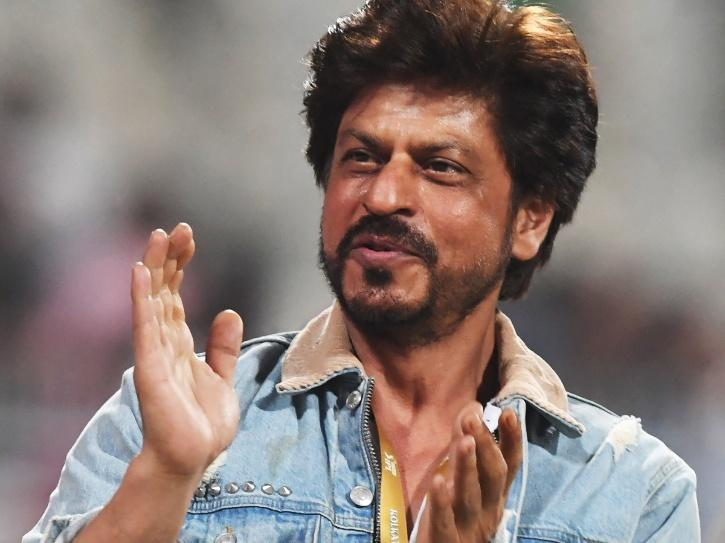 Shah Rukh Khan Thanks Fans On Completing 30 Glorious Years In Bollywood, Says