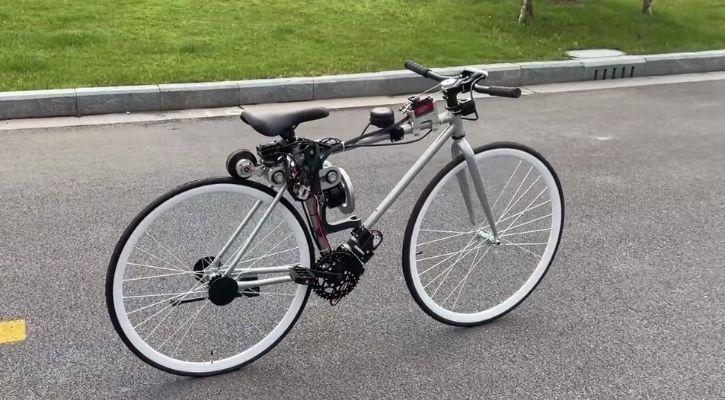 self-balancing bicycle