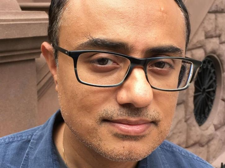A picture of fillmaker Ashish Pant whose film Uljhan/The Knot is premiering at Shanghai Film Festival.