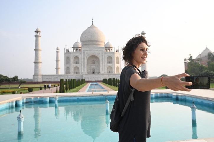 Taj Mahal reopen covid