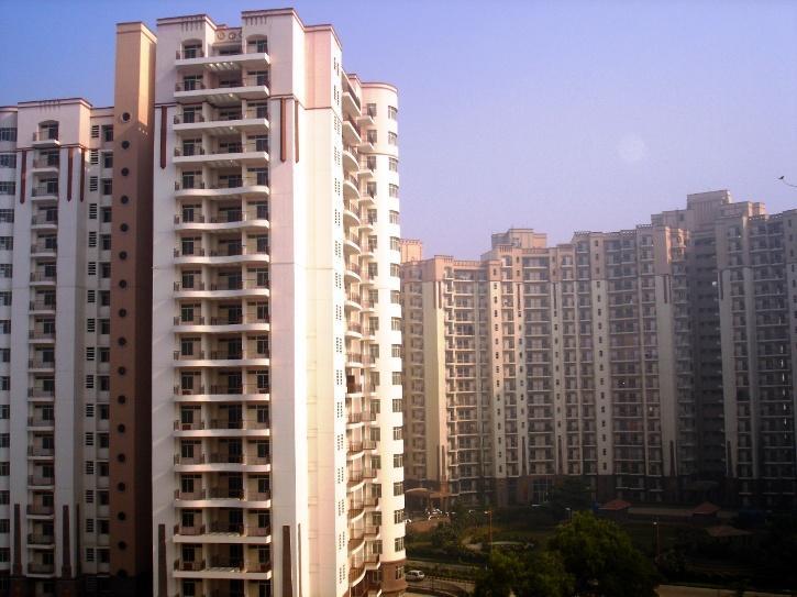 high-rise-building-60b9ec4c04ecc