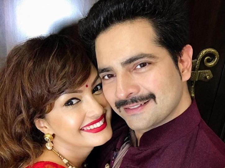 Karan Mehra and Nisha Rawal / Twitter