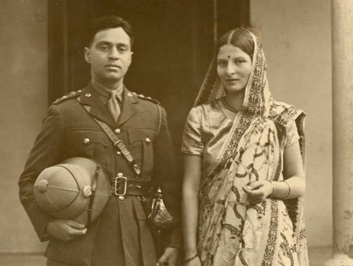 Maj General Vikram Khanolkar and Savitri Khanolkar