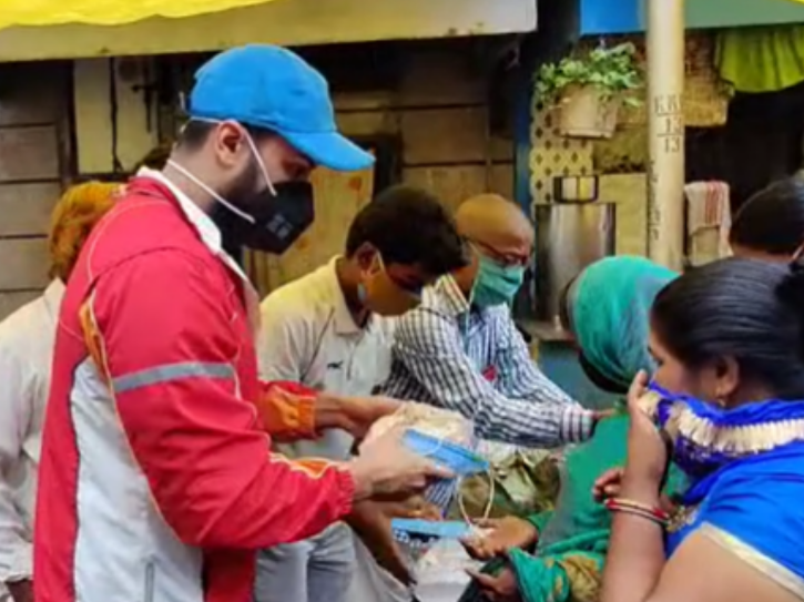 Shalin Bhanot Provides Ration & Essentials To Sex Workers Who
