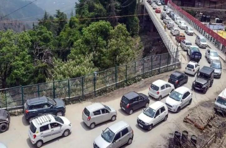 Himachal Pradesh Traffic Jam